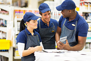iStock-485602678_working_group_diverse_shop_300x200_web